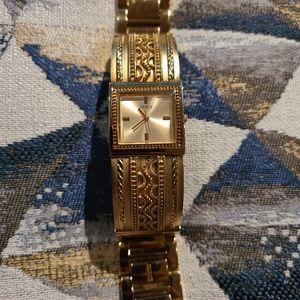 GUESS Gold Bangle Watch